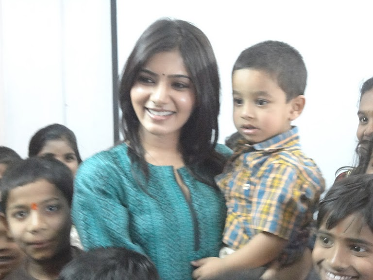 Pratyusha Support organises a birthday bash for the kids of Sphoorti Foundation